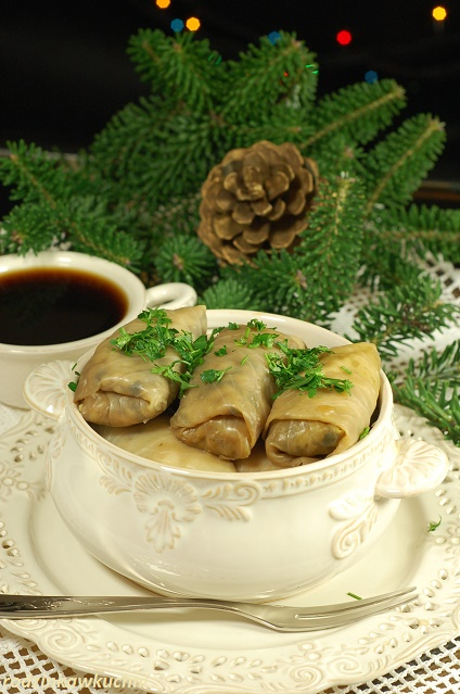 wigilijne gołąbki z suszonymi grzybami_potrawy postne_danie wegetariańskie_przepisy na Boże Narodzenie