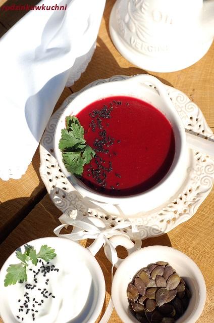 zupa krem z buraków i pomidorów_gęsta zupa_sycąca zupa_zupa wegetariańska