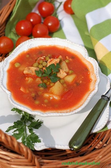 zupa rybna z pomidorami i groszkiem_danie jednogarnkowe_danie rybne_danie fit