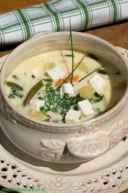 zupa z fasolką szparagową, młodymi ziemniakami i fetą_zupa na lato_zupa wegetariańska_zupa warzywna