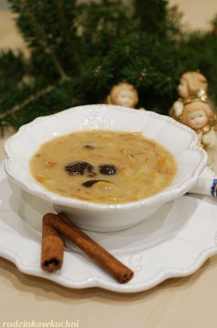 zupa z suszonych śliwek_wigilijna zupa_zupa kujawska_zupa owocowa
